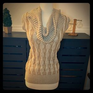 Oversized turtleneck chunky cable sweater camel XS